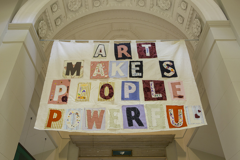 Bob and Roberta Smith, Art Makes People Powerful, 2013. Courtesy the artist and Pierogi Gallery.