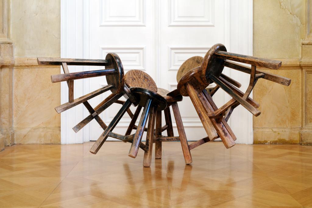 Ai Weiwei Grapes, 2011 11 wooden stools, 165 x 140 x 90 cm Photo Paris Tavitian ©Museum of Cycladic Art