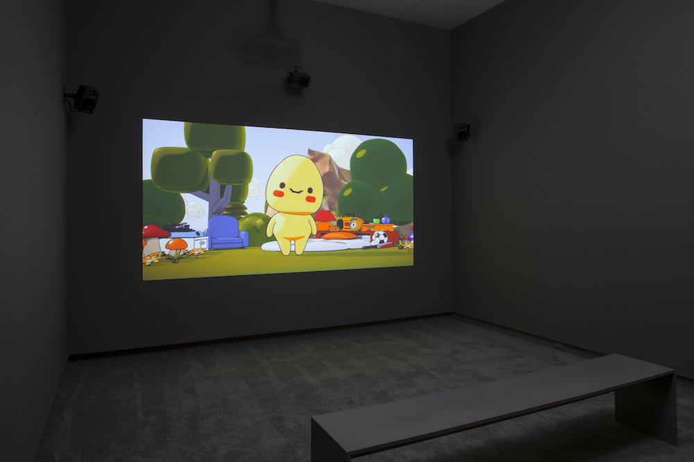 Ed Fornieles, The Finiliar, installation view at Arsenal Contemporary, New York (2017). Image courtesy of the gallery.