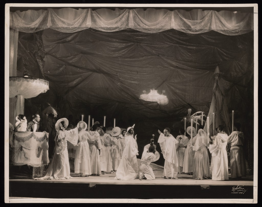 White Studio, Photograph of stage set for Four Saints in Three Acts, 1934. © Archives/Wadsworth Atheneum Museum of Art